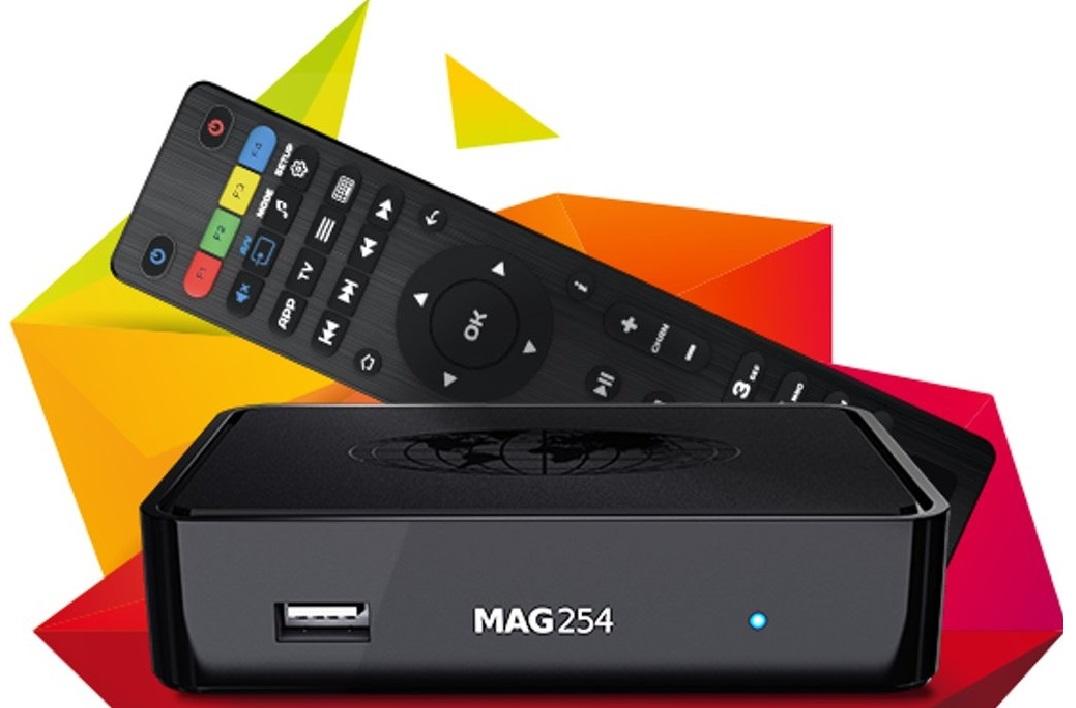 MAG 254 IPTV Box mit Fernbedienung